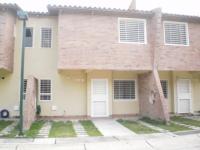 Casa en Alquiler en Villa Jardin San Diego